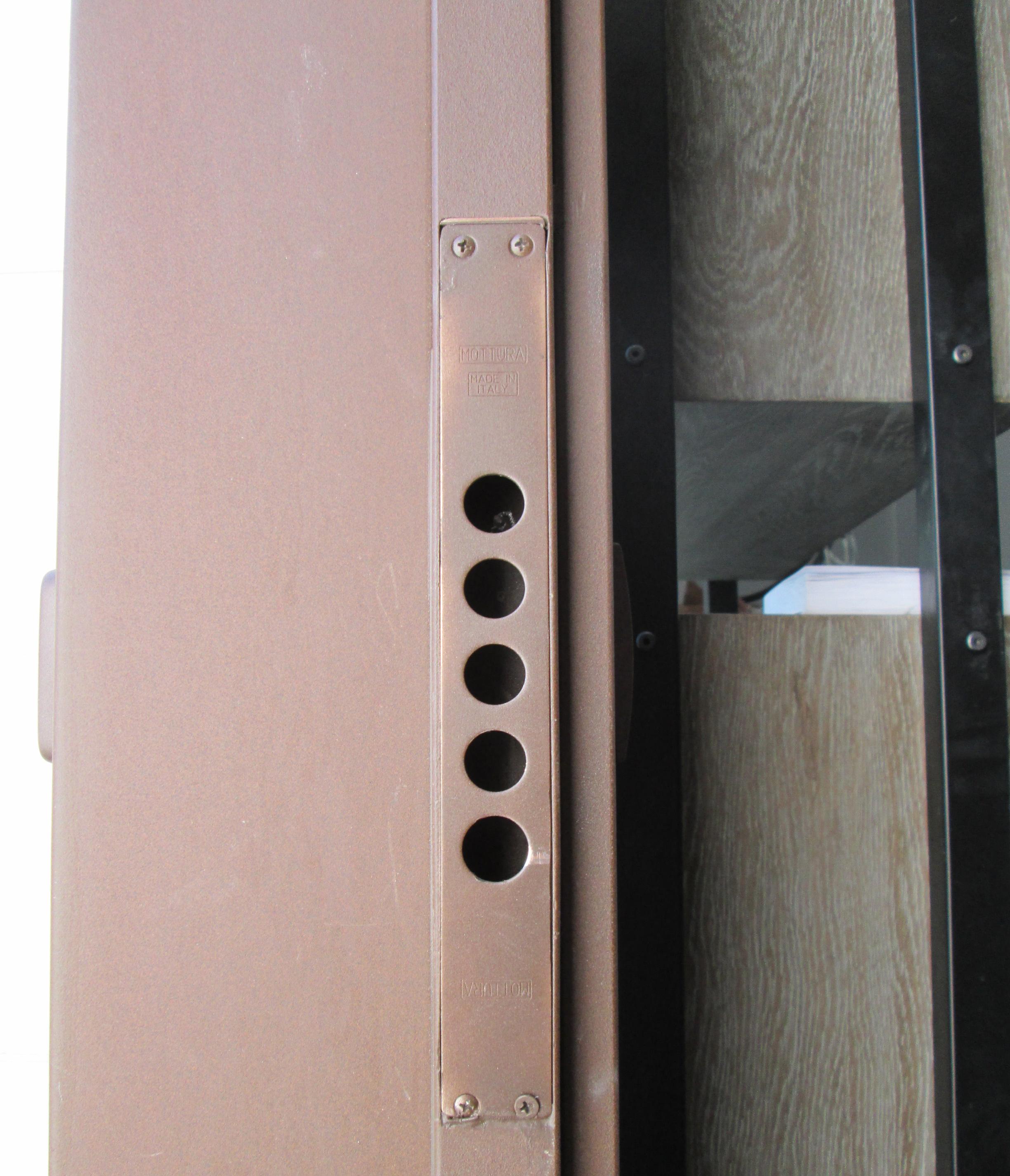 Puertas Pivotantes De Exterior De M Xima Seguridad ~ Puertas De Exterior De Aluminio Precios