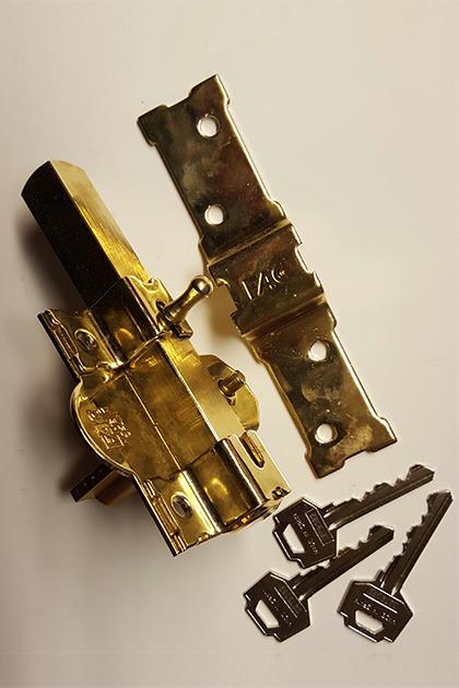 web-cerrojo-fac-301-r-80-dorado